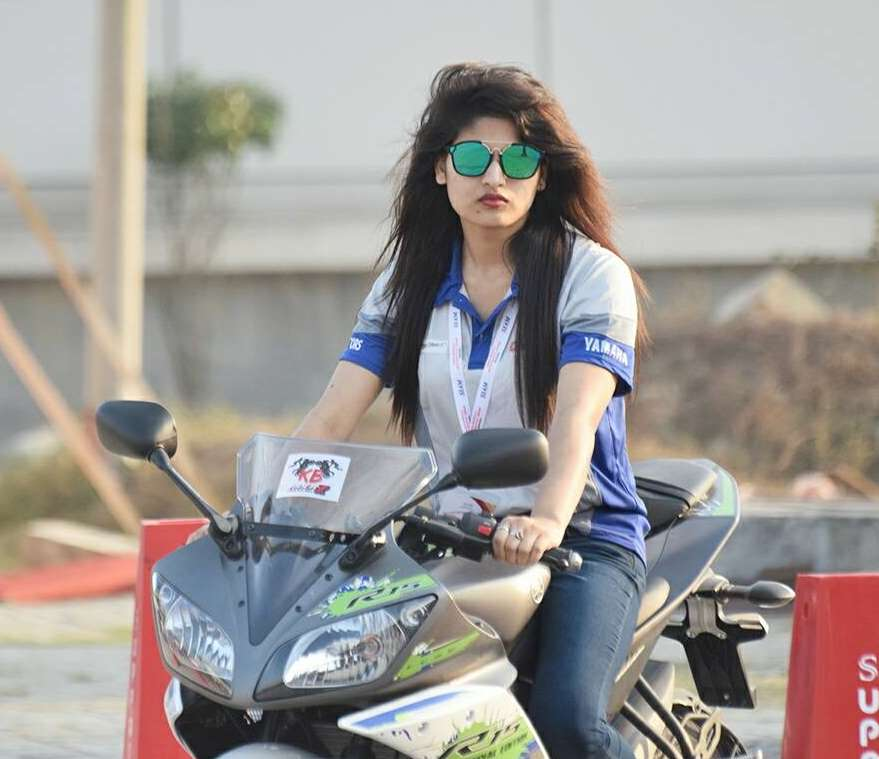 Jannatul Nayeem Avril Bike photo