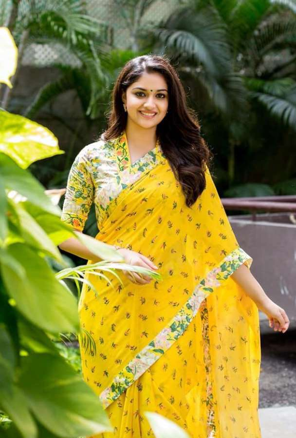 Keerthy Suresh Sharee Photo